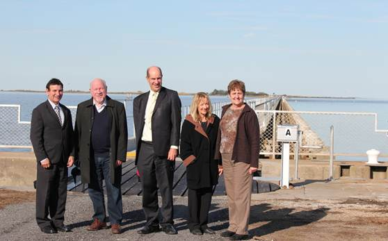 Fig 3.2 Committee members at one of the Goolwa Barrages